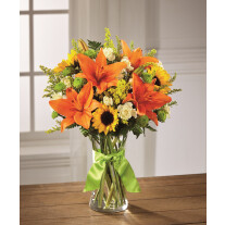 Send Sunlight Lily Bouquet